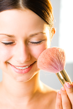 How Apply Blush