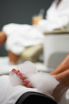 How to Do a Pedicure